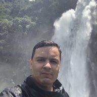 Carlos A Loaiza